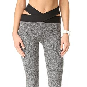 Beyond yoga size small leggings